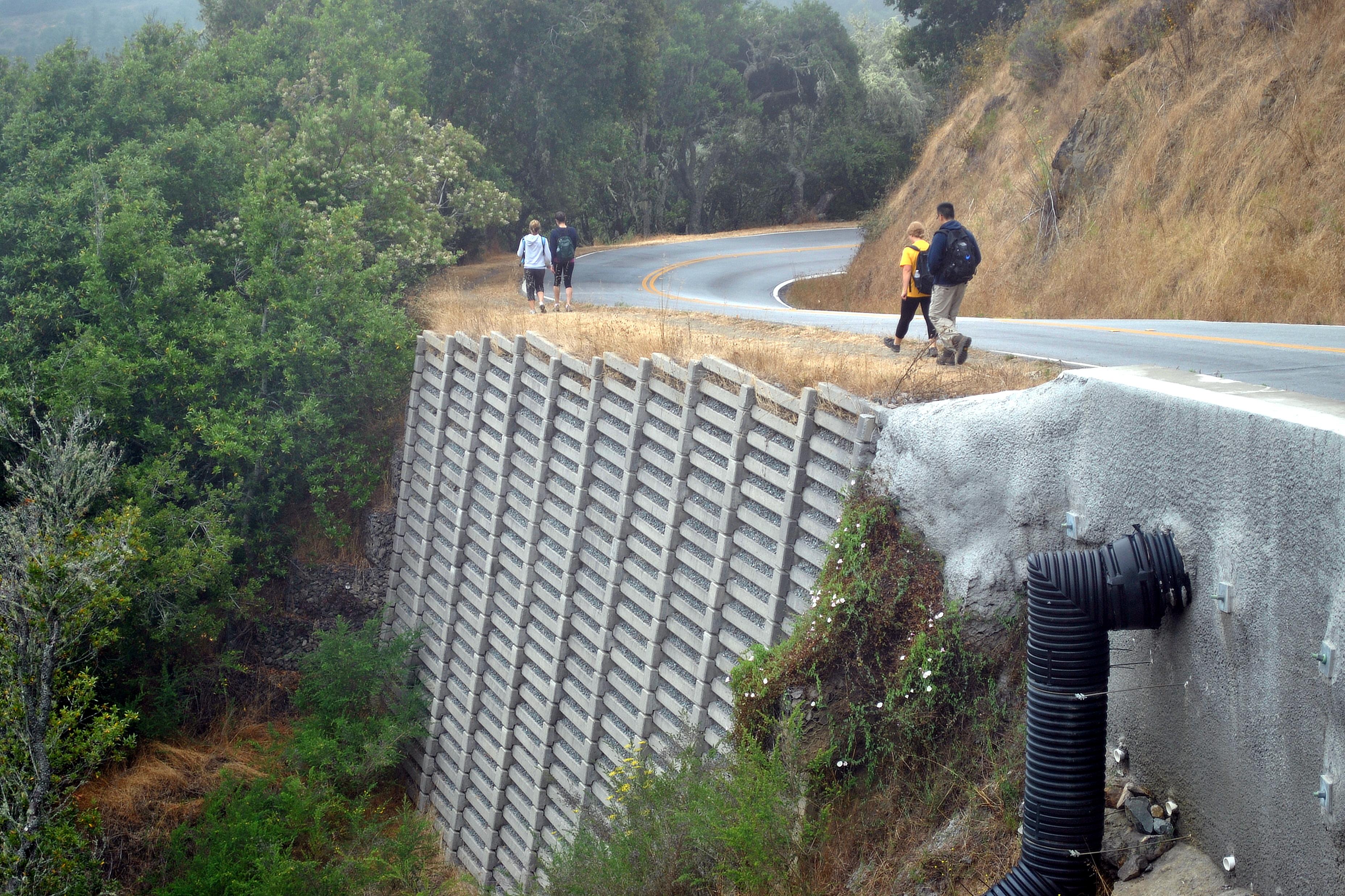 File:Crib wall.JPG - Wikimedia Commons