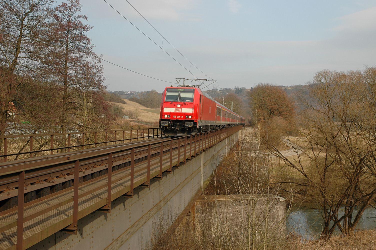 Frankenbahn: RE auf der eingleisigen Jagstbrücke ©wikipedia, K. Jähne