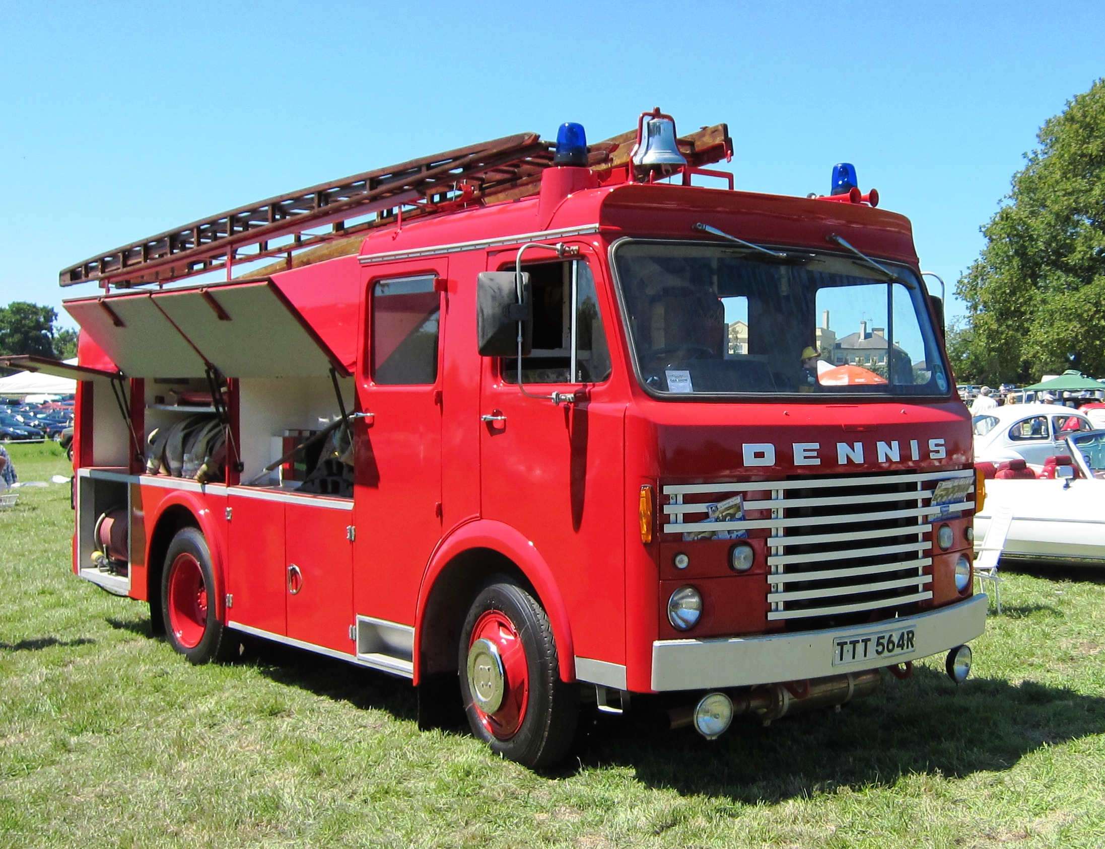 File Dennis Fire Truck First Registered May 1977 Jpg