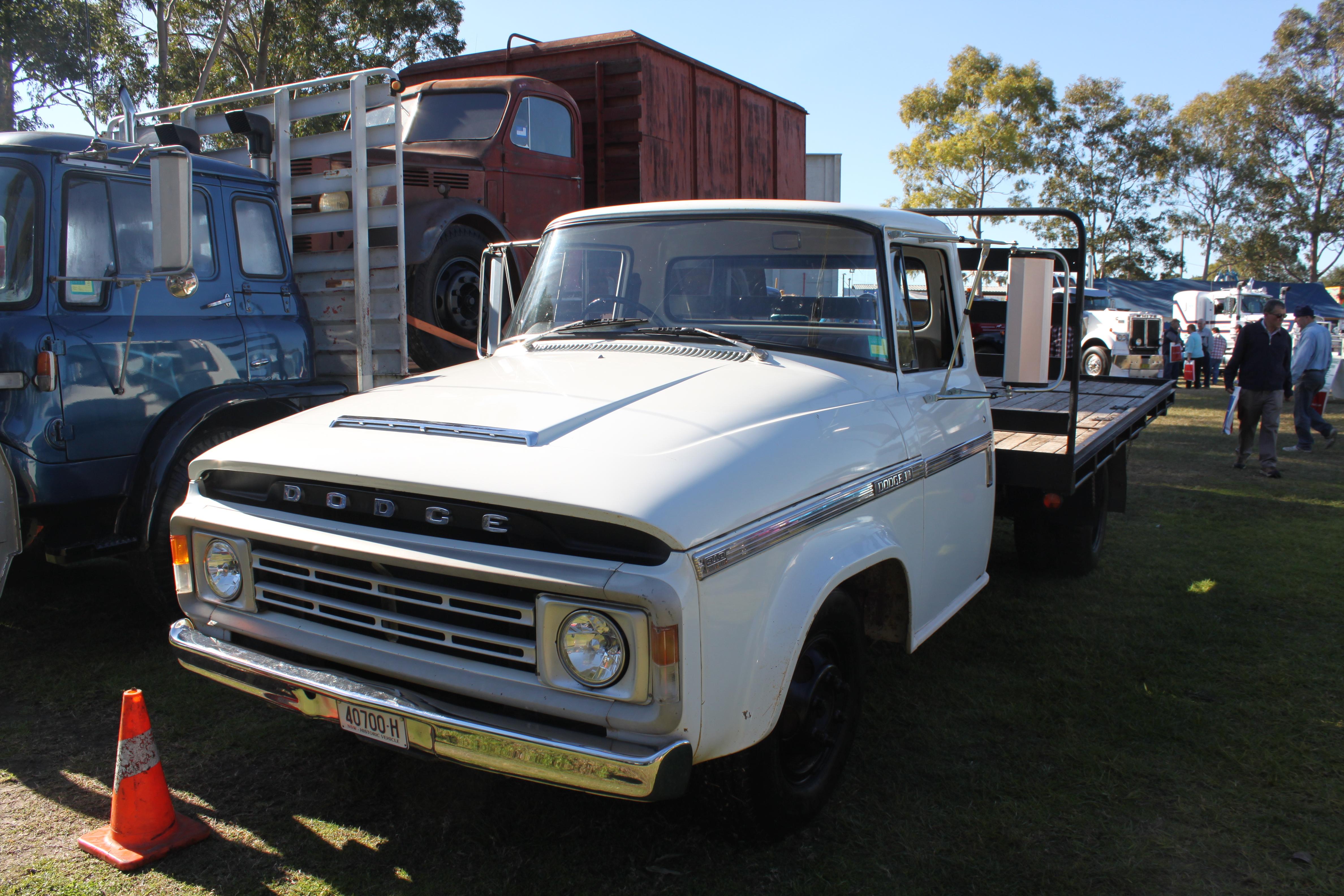File Dodge D5n 300 Truck 15625147780 Jpg Wikimedia Commons