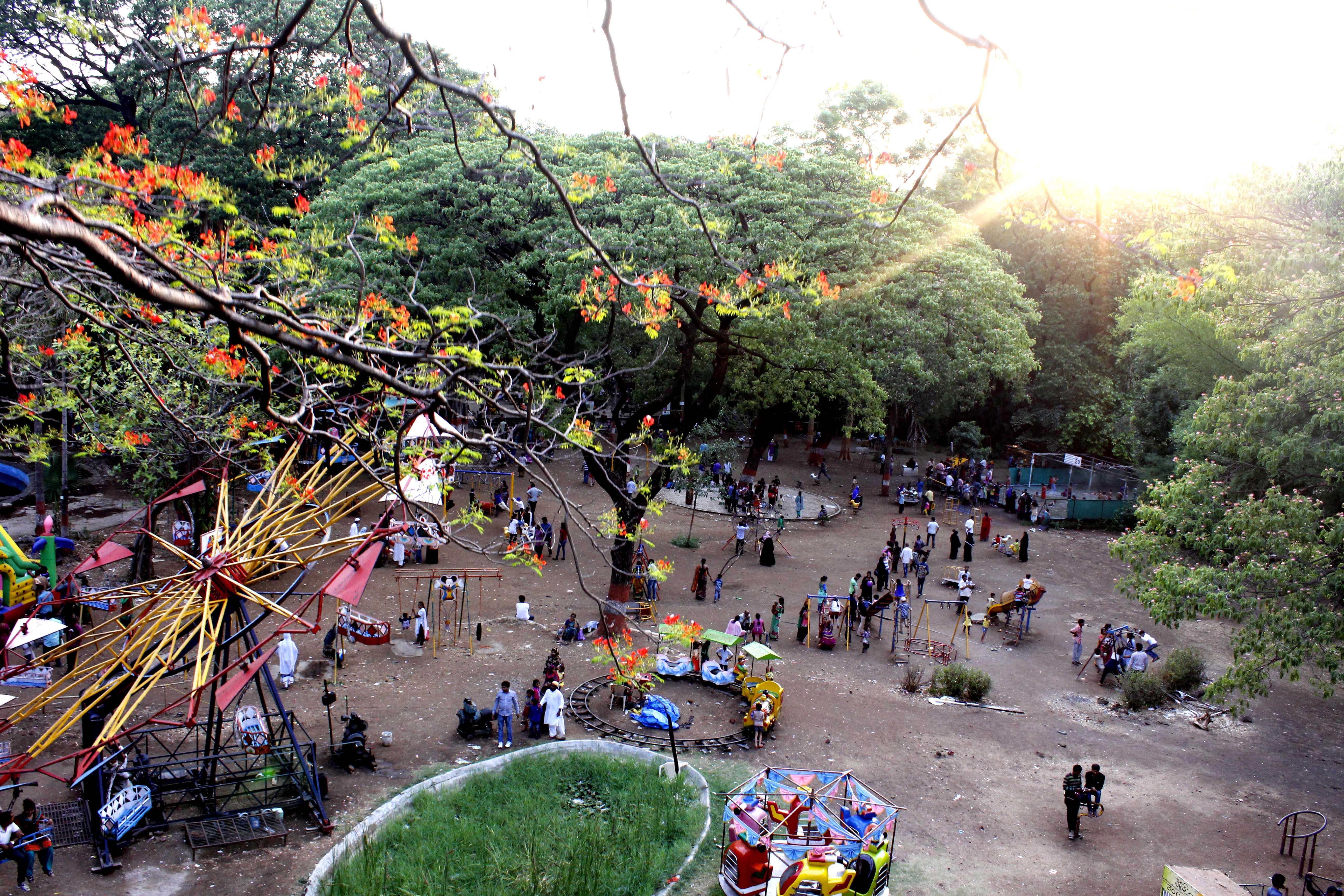 File:Empress Botanical Garden