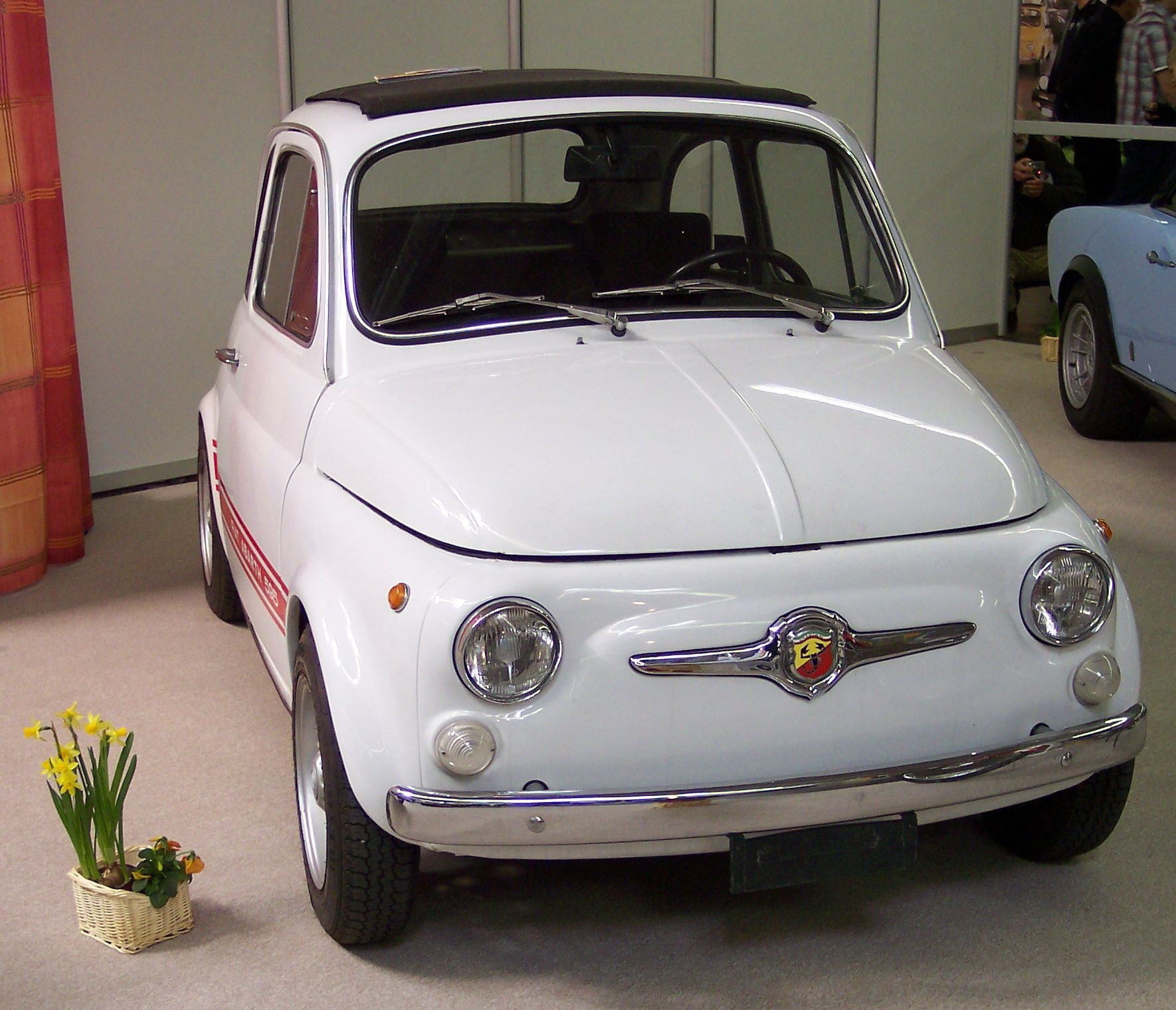 File Fiat 500 Abarth White V Tce Jpg Wikimedia Commons