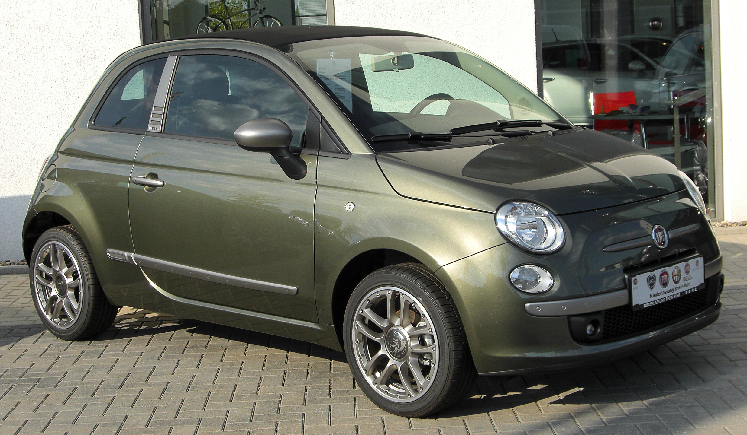 file fiat 500 c by diesel 1 2 8v pop front wikimedia commons. Black Bedroom Furniture Sets. Home Design Ideas
