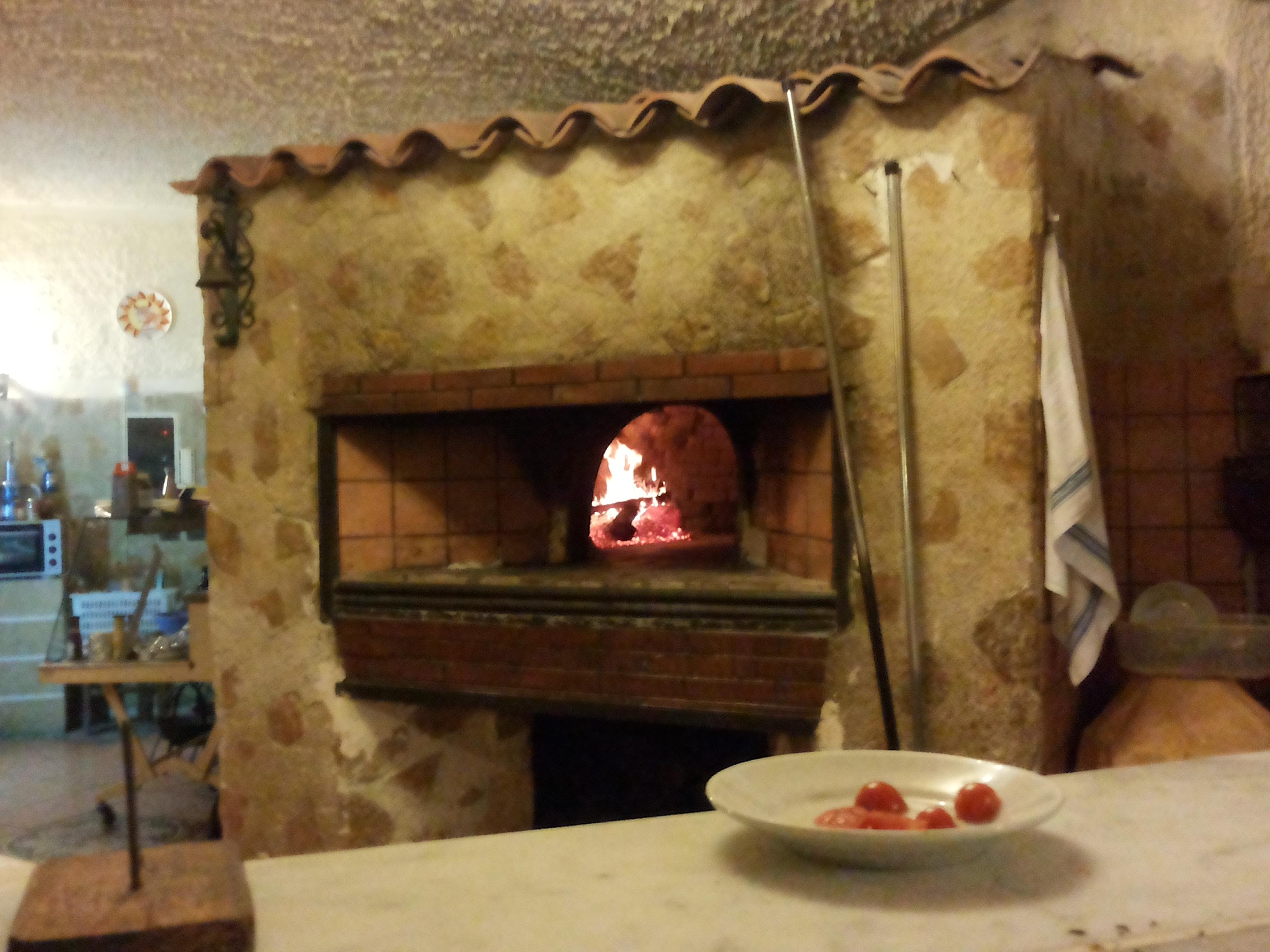 """Forno A Legna Immagini file:forno a legna - pizzeria """"lu parrinaru"""", partinico"""