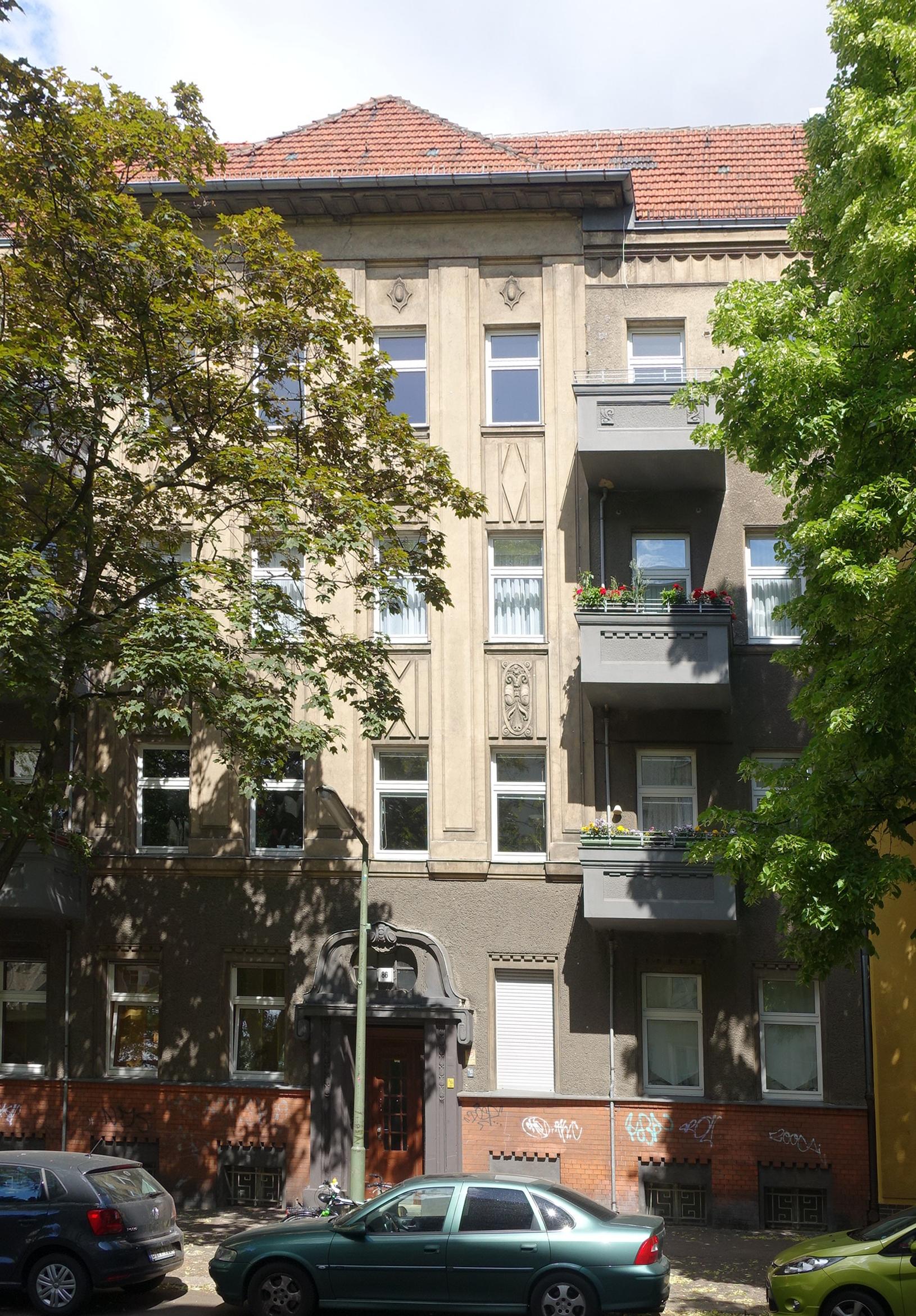 file friedrich wilhelm stra e 86 berlin reinickendorf jpg wikimedia commons. Black Bedroom Furniture Sets. Home Design Ideas