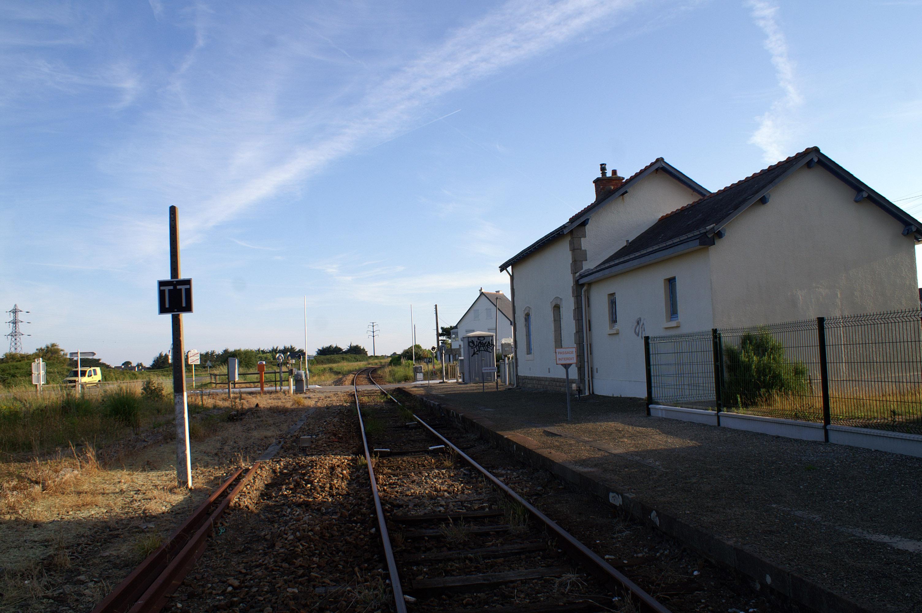 File gare st pierre quiberon pa wikimedia commons - Camping port blanc saint pierre quiberon ...