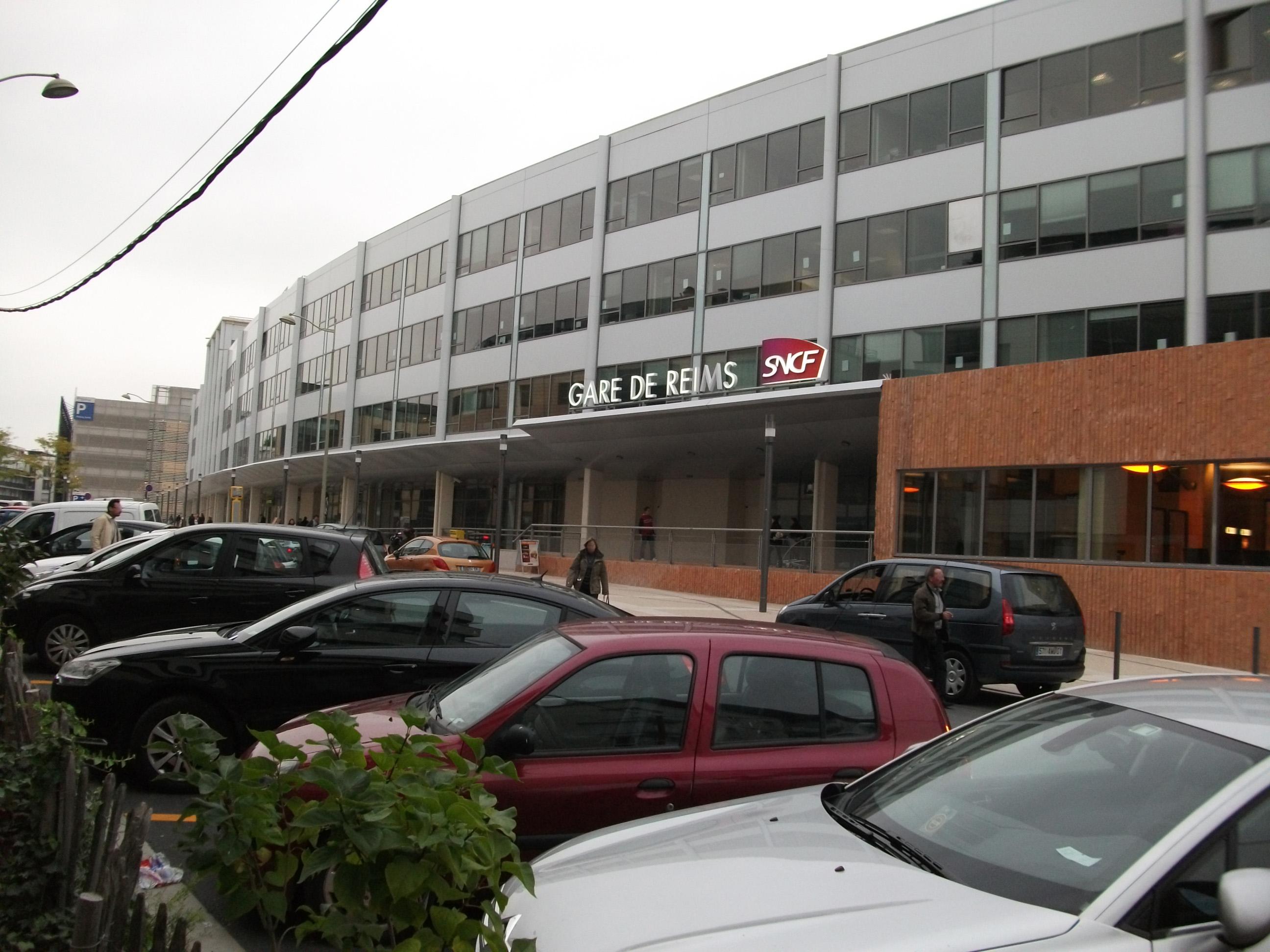 File gare rue e mignot wikimedia commons for 77 rue de la maison blanche reims
