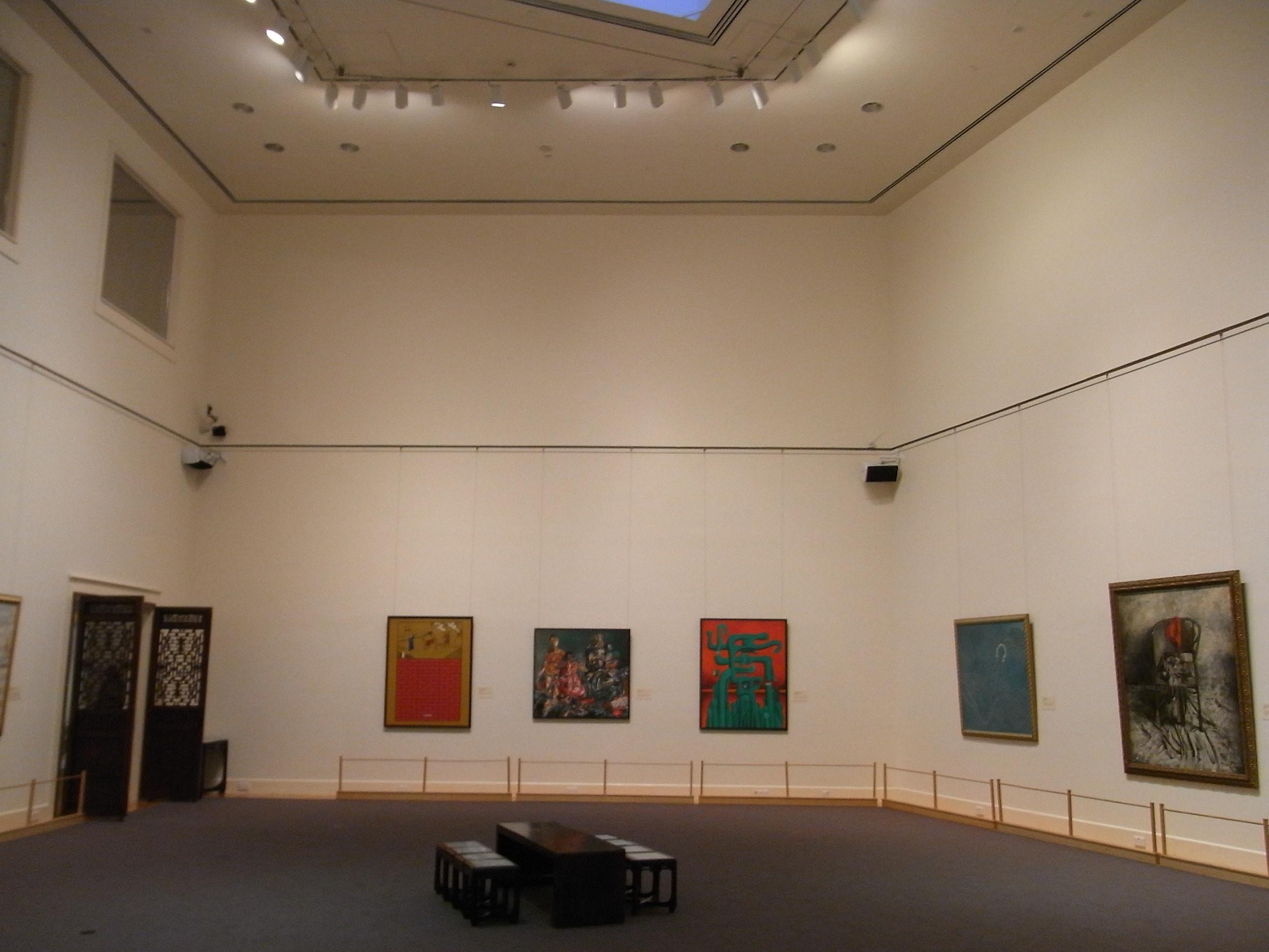 Art In Paradise D Exhibition Hall : File hku 香港大學美術博物館 university museum and art gallery umag