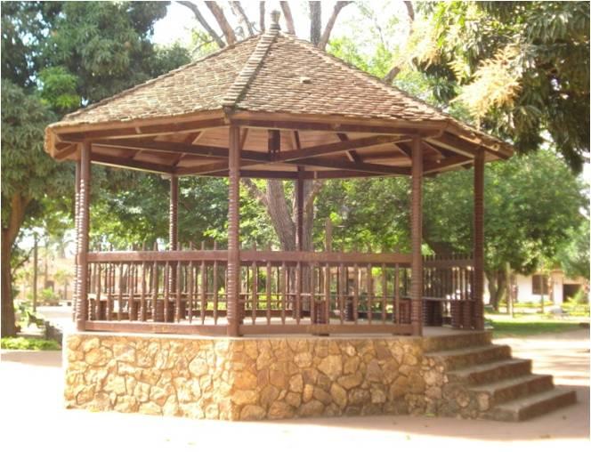 Archivo kiosko plaza 31 de wikipedia la for Kiosco de madera para jardin