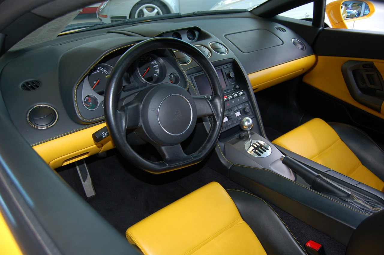 sports cars wallpapers lamborghini gallardo interior