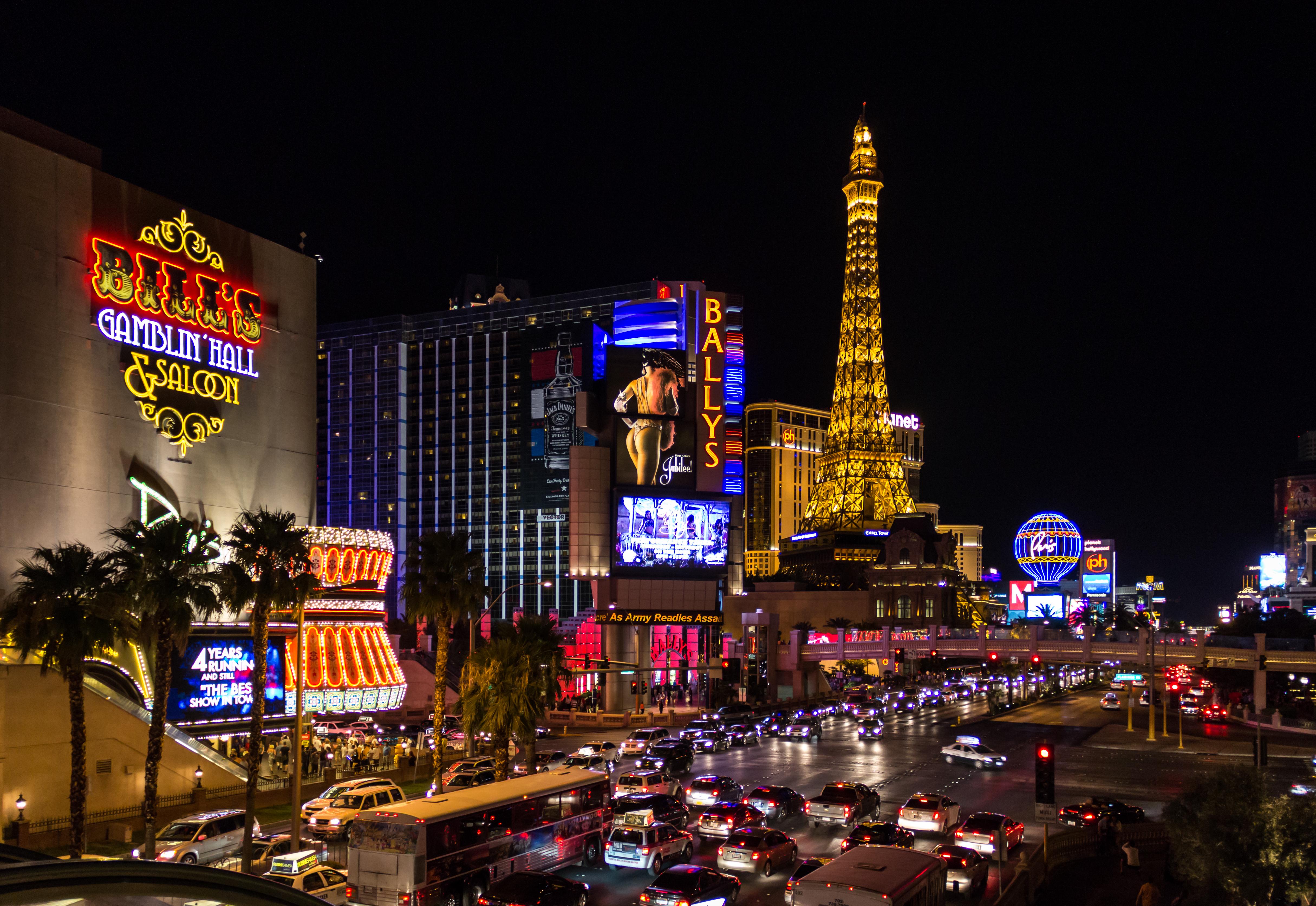 "(part of the Las Vegas Boulevard) in Las Vegas (Nevada, USA) (2012) German ""The Strip"