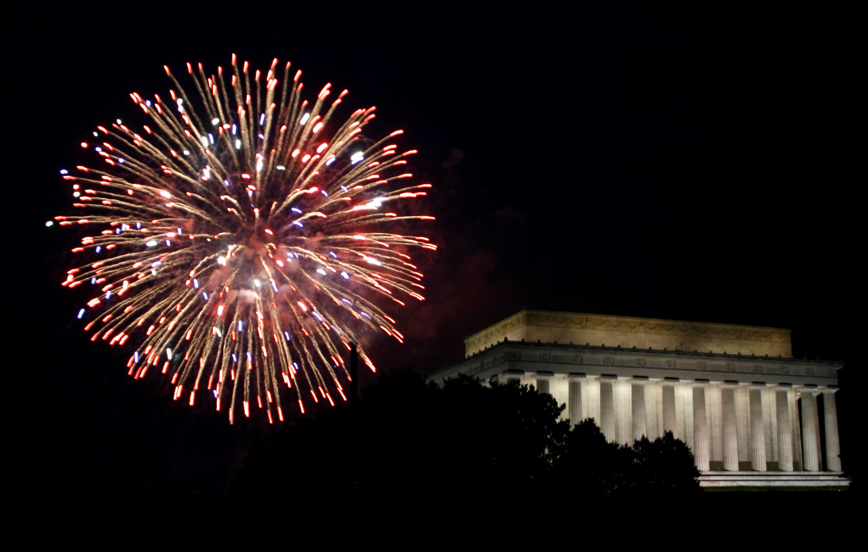 File Lincoln Memorial Fireworks Jpg Wikimedia Commons