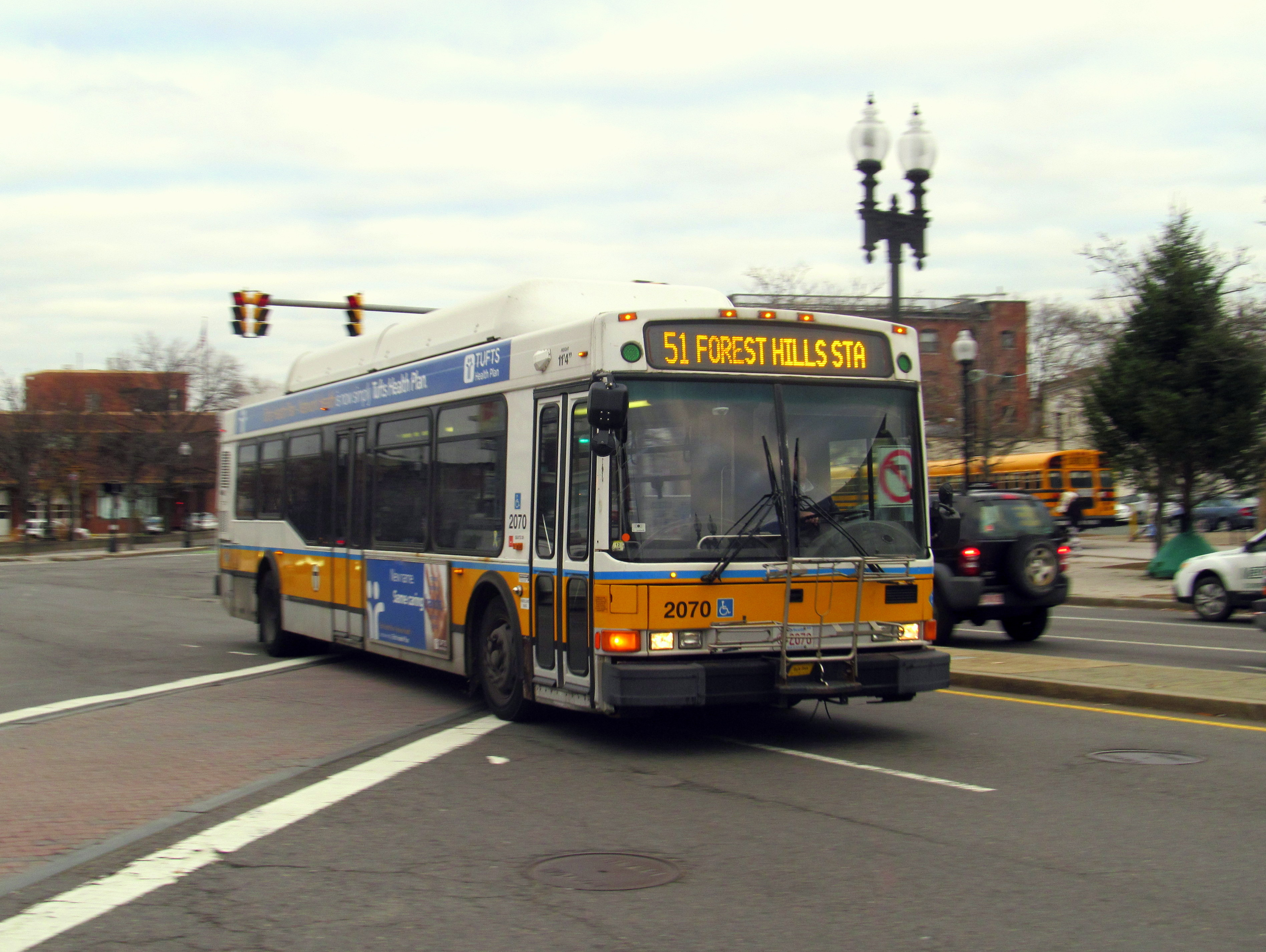 File Mbta Route 51 Bus At Union Square November 2015 Jpg