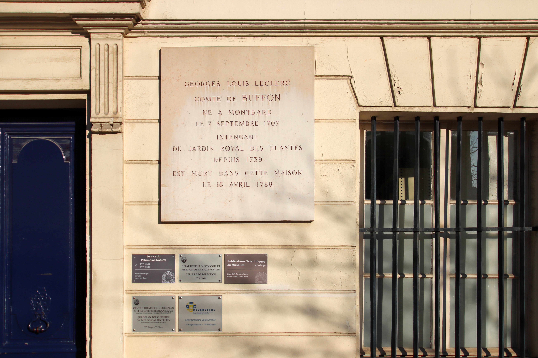 File:Maison de Buffon dans le Jardin des Plantes à Paris le 22 ...