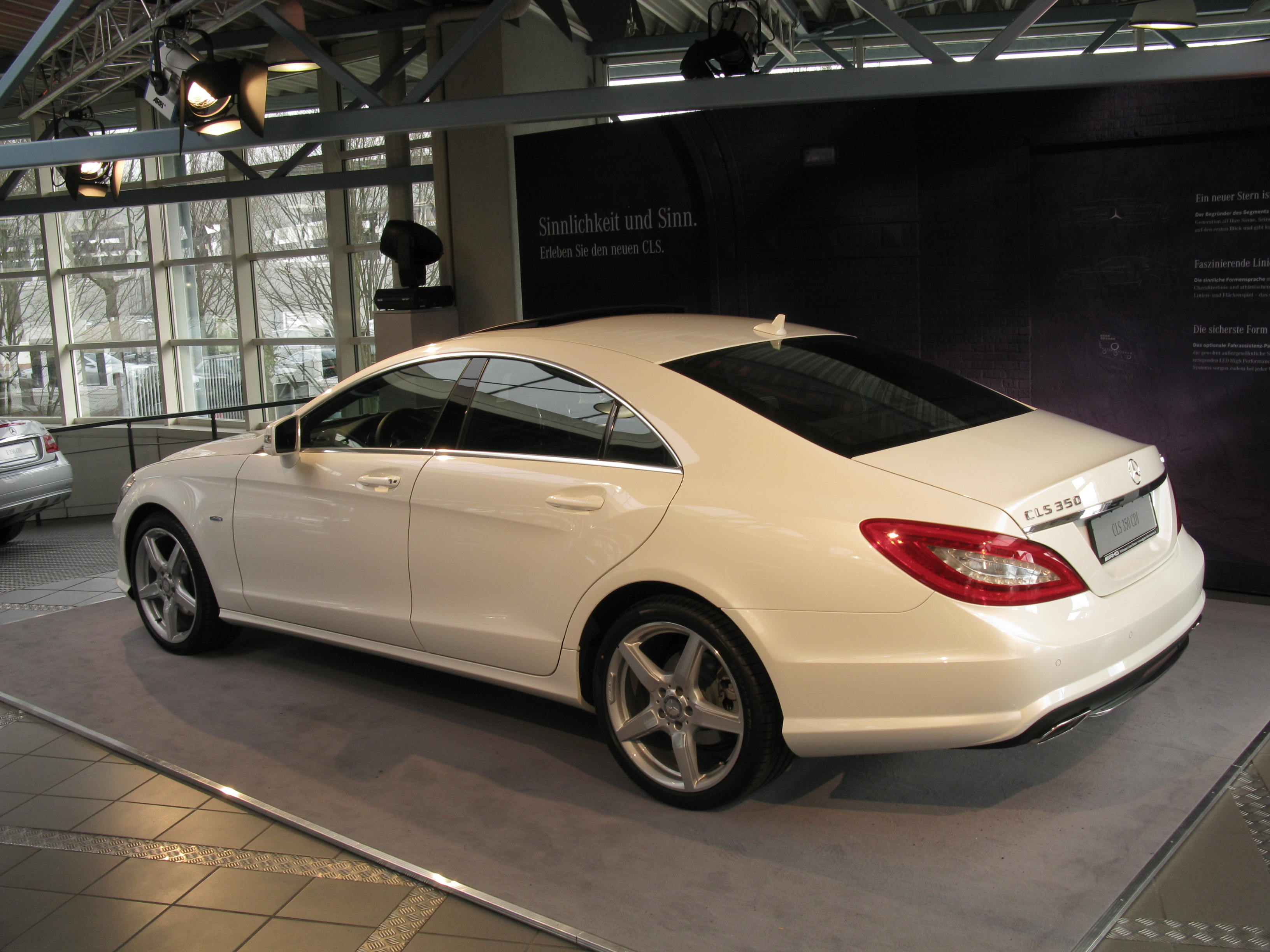 Verwonderend File:Mercedes-Benz CLS 350 CDi (5460127958).jpg - Wikimedia Commons XY-91