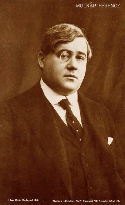 Molnár Ferenc portréja(levelezőlap, 1918, fotó: Uher Ödön)