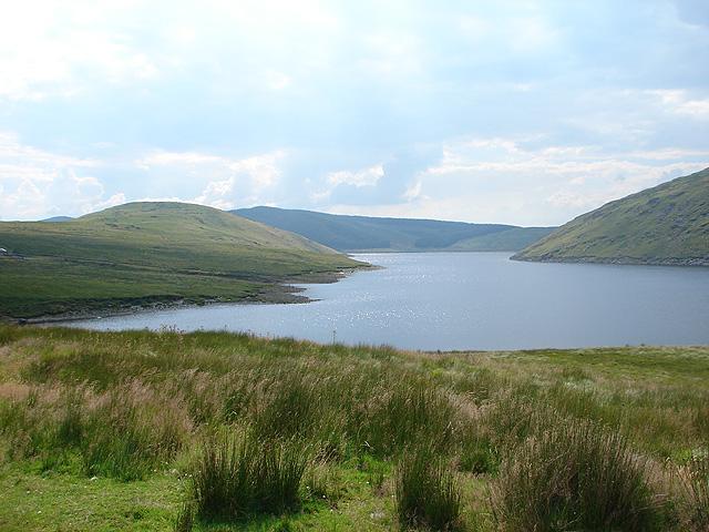 Nant-y-moch Reservoir - geograph.org.uk - 937208