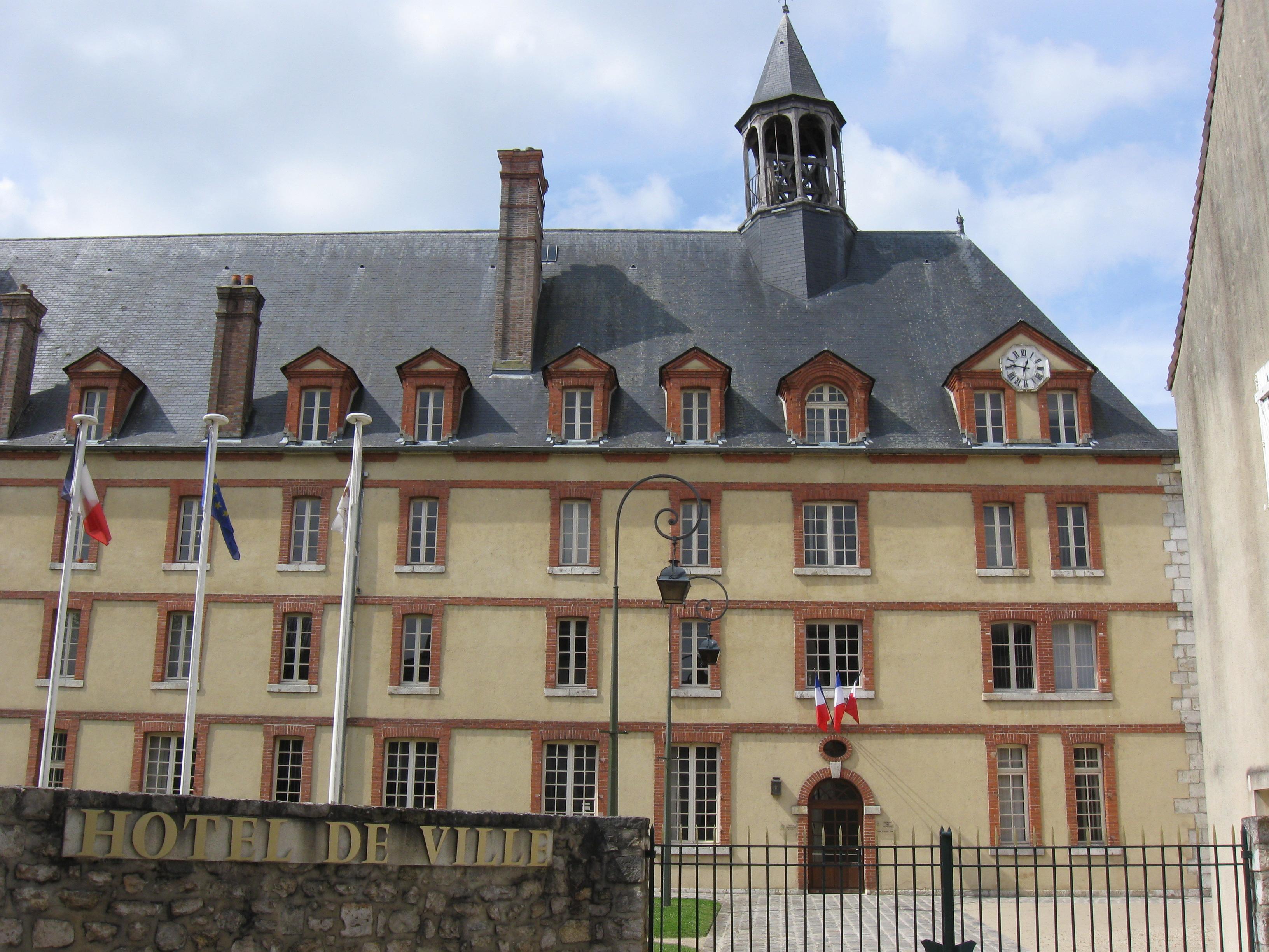 Hôtel de ville de Nemours