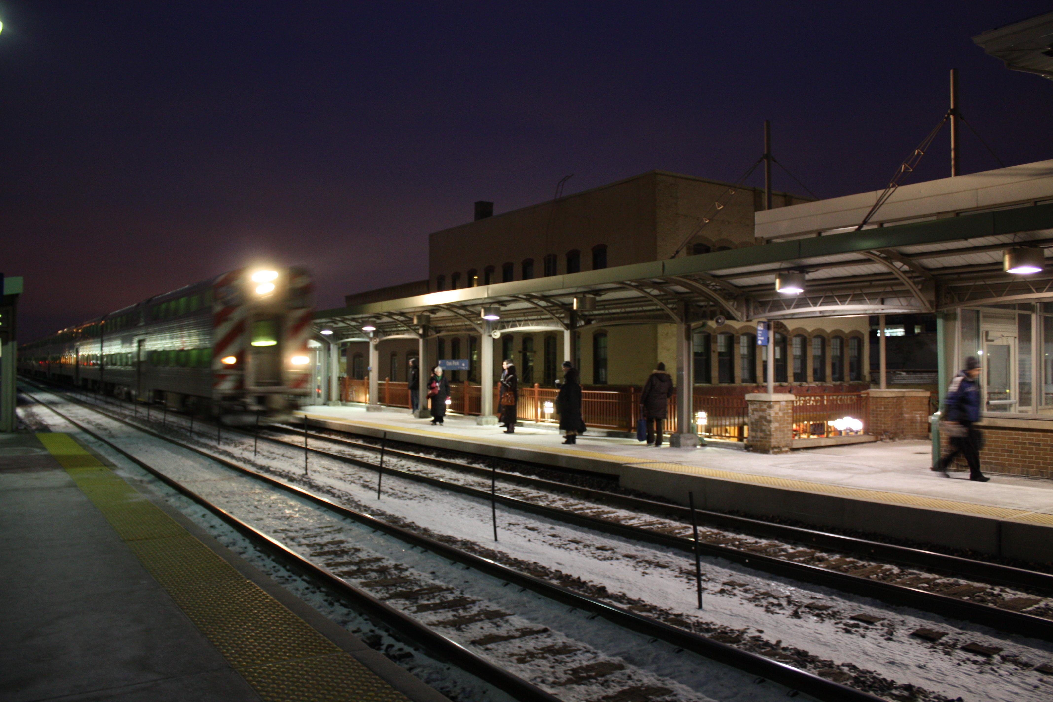 Oak Park Station Apartments