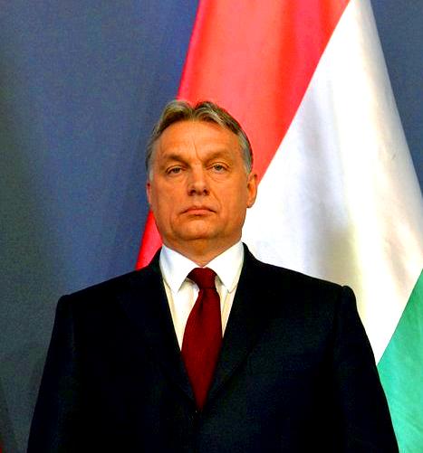 Orbán Viktor trikolor.jpg