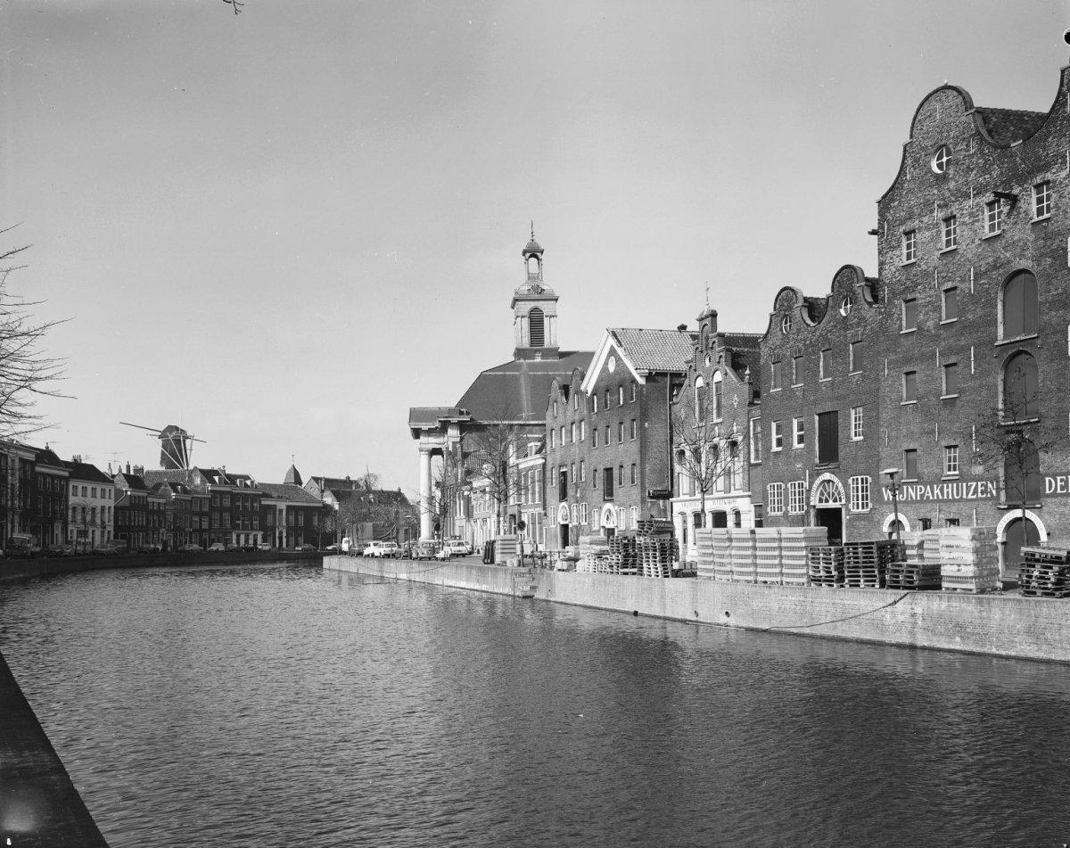File:Overzicht met kerk - Schiedam - 20196560 - RCE.jpg