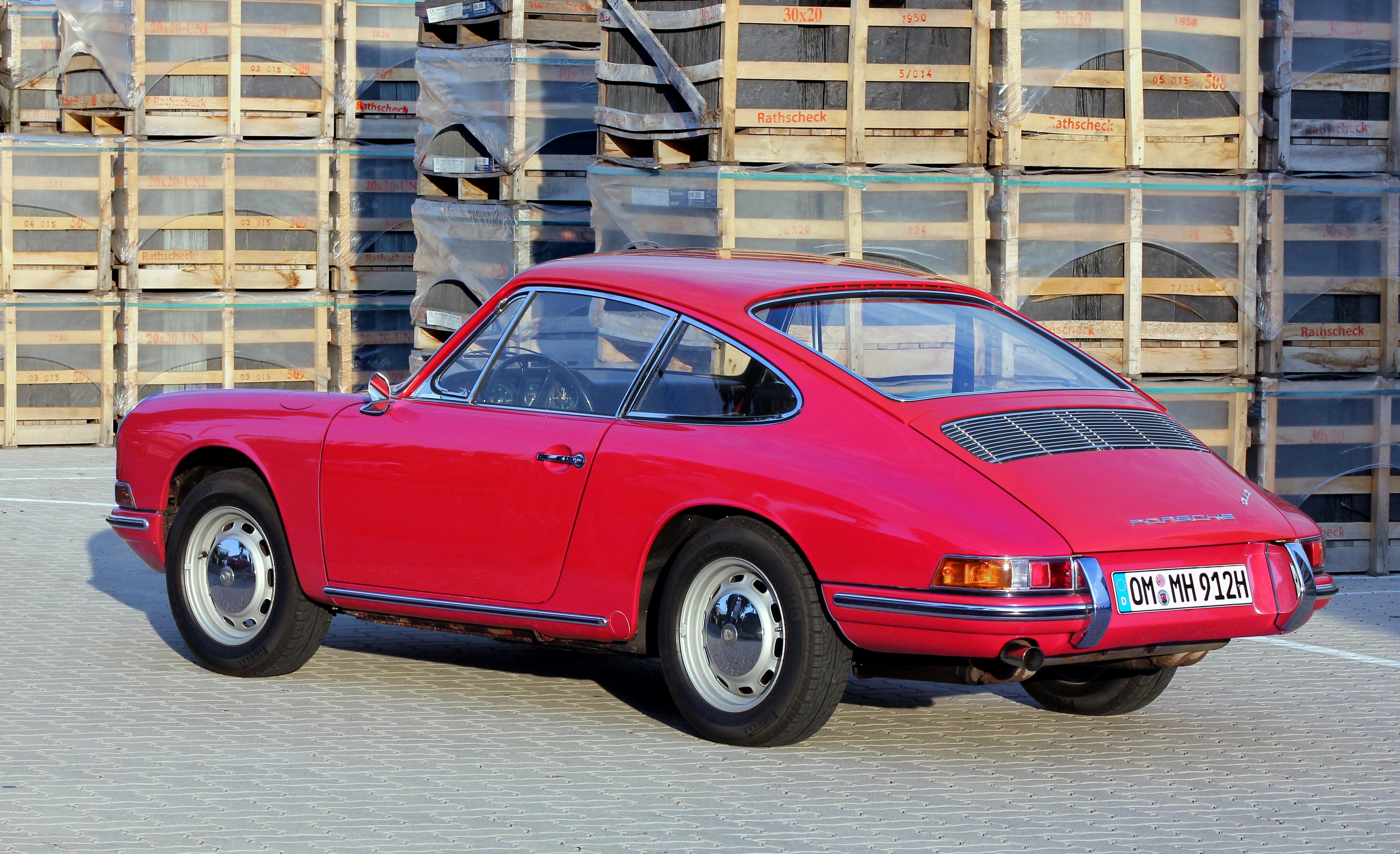 Porsche_912_%282015-09-12_3615_b%29.JPG