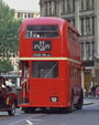 Preserved London Transport RT bus, St Pauls, 6 August 1989.jpg
