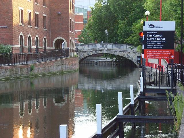 File:River Kennet and High Bridge Reading.jpg