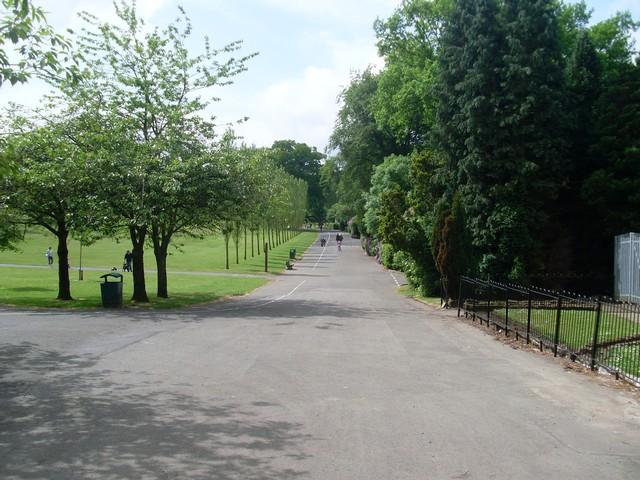 Rouken Glen Park - geograph.org.uk - 1352407