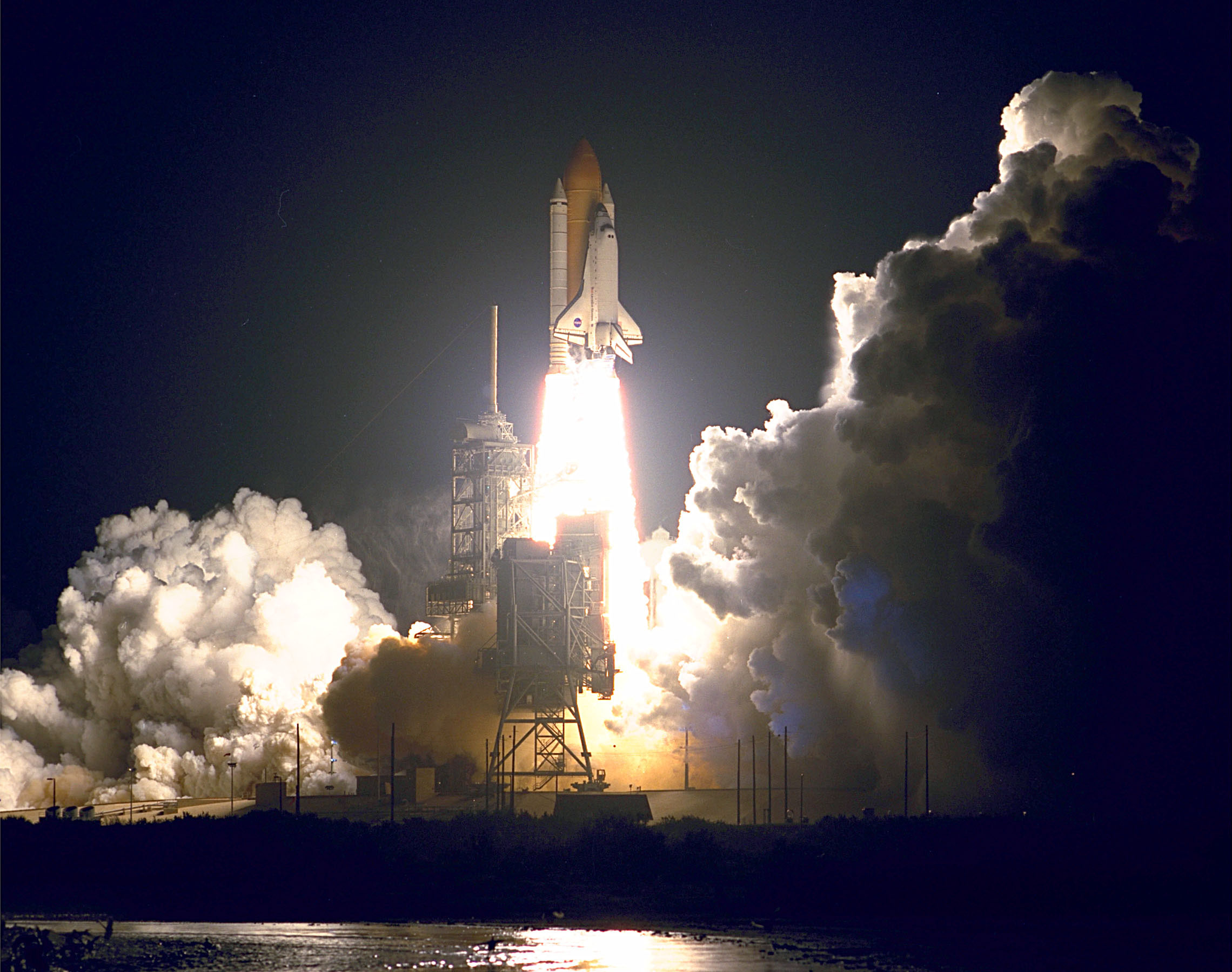 STS-88_launch.jpg