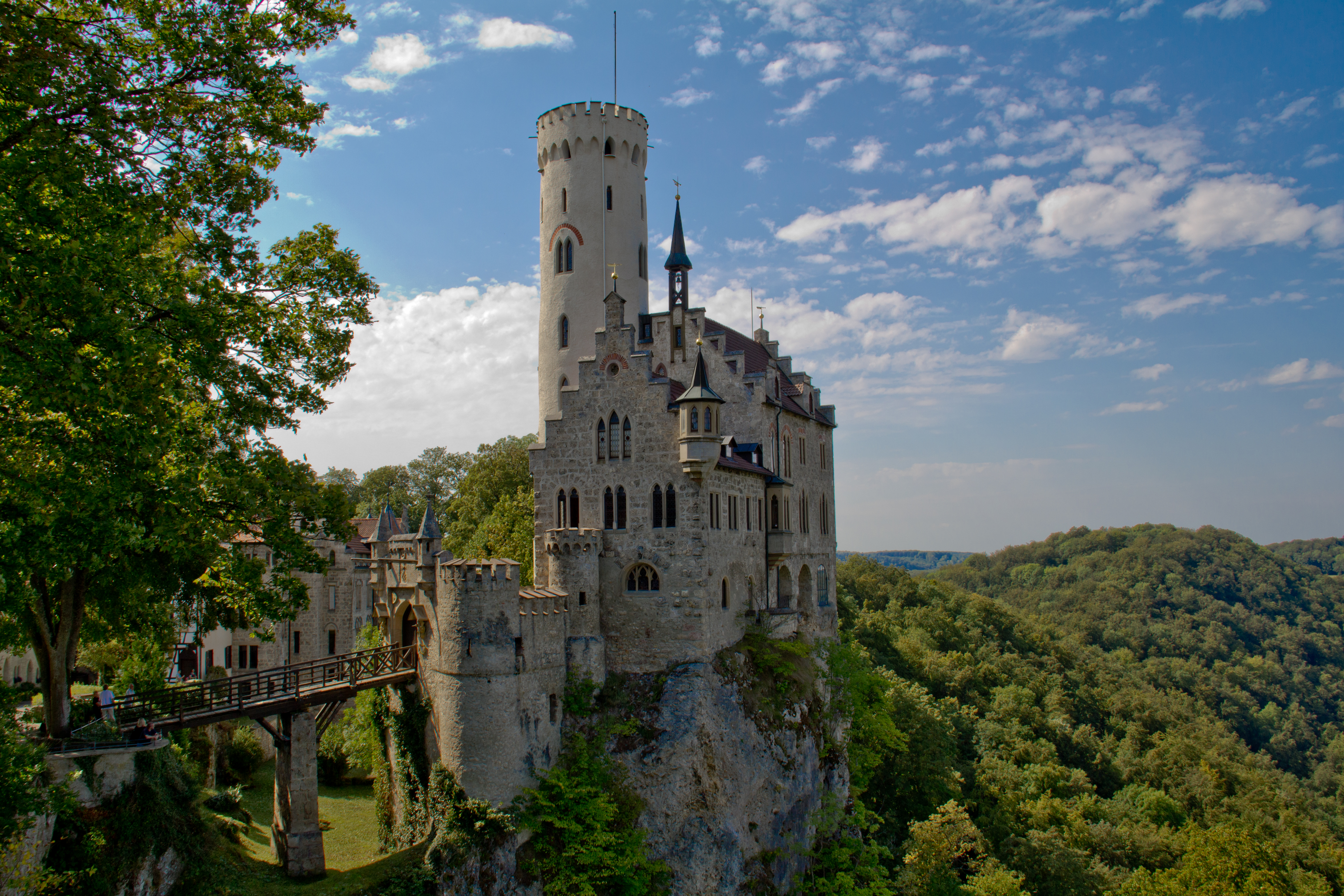Schloss Lichtenstein - YouTube