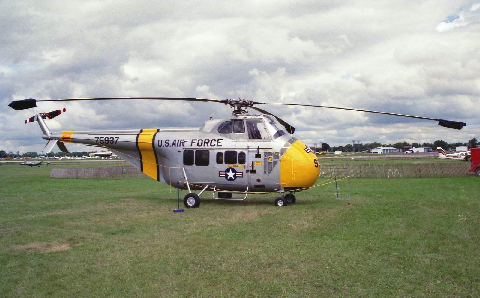 Helicopter Flight Training : Transition to the Sikorsky H-19 ...