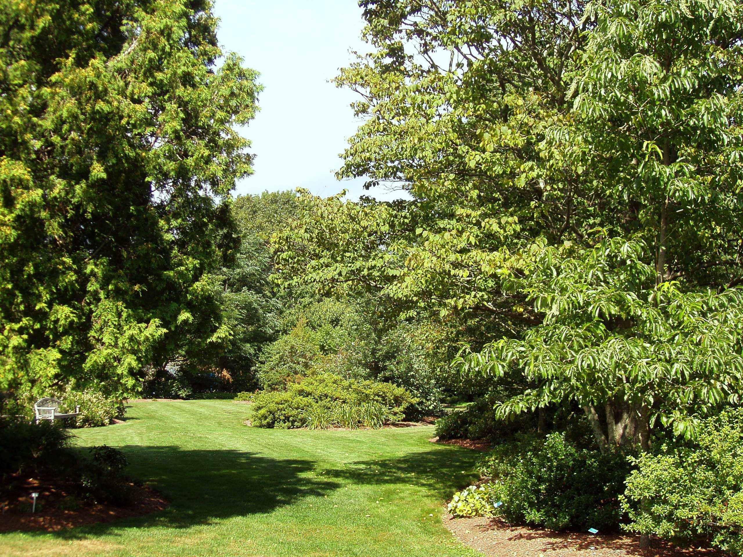 File:URI Botanical Gardens   Kingston, RI.JPG