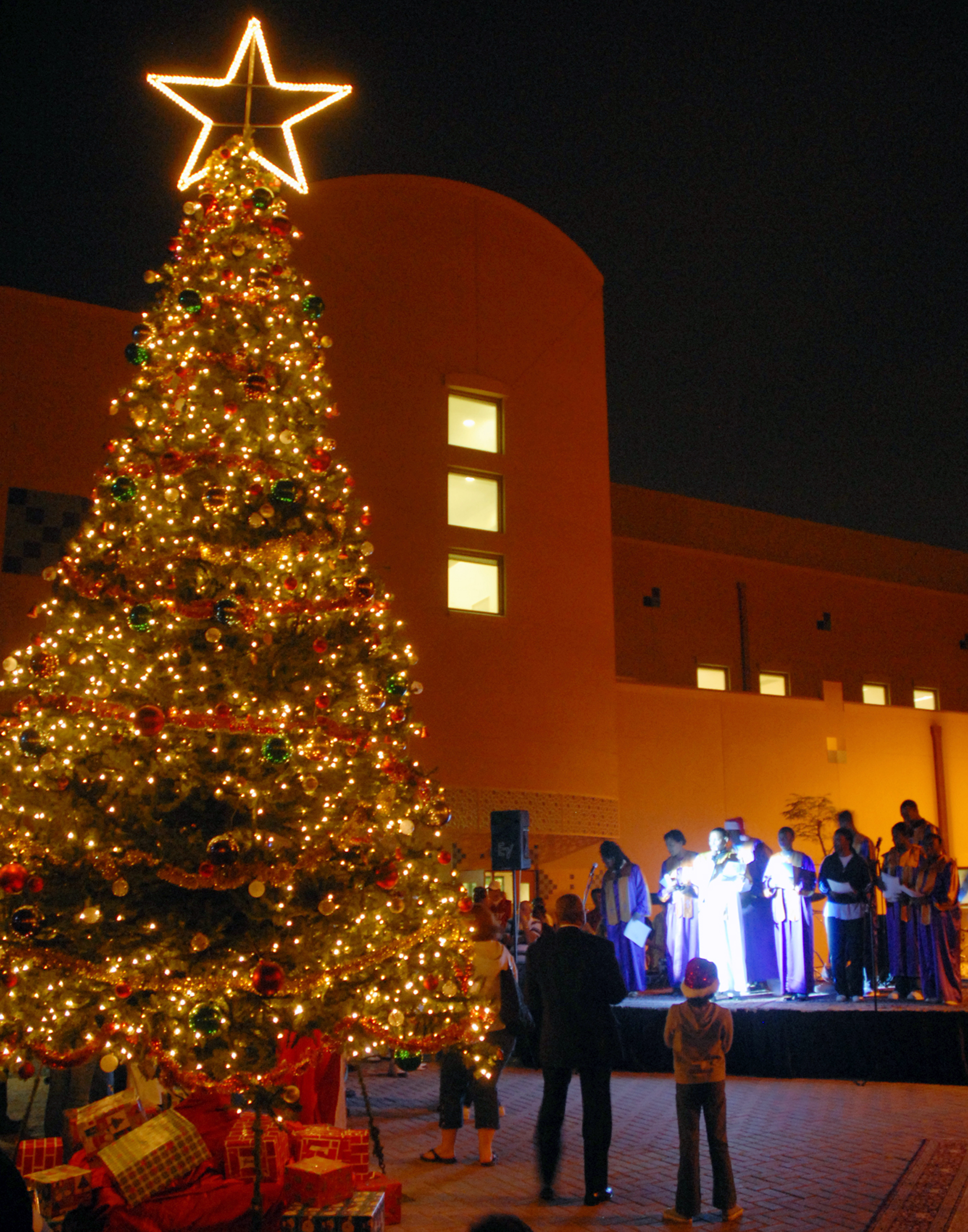fileus navy 071202 n 0413b 002 the naval support activity bahrain - Celebration Christmas Lights