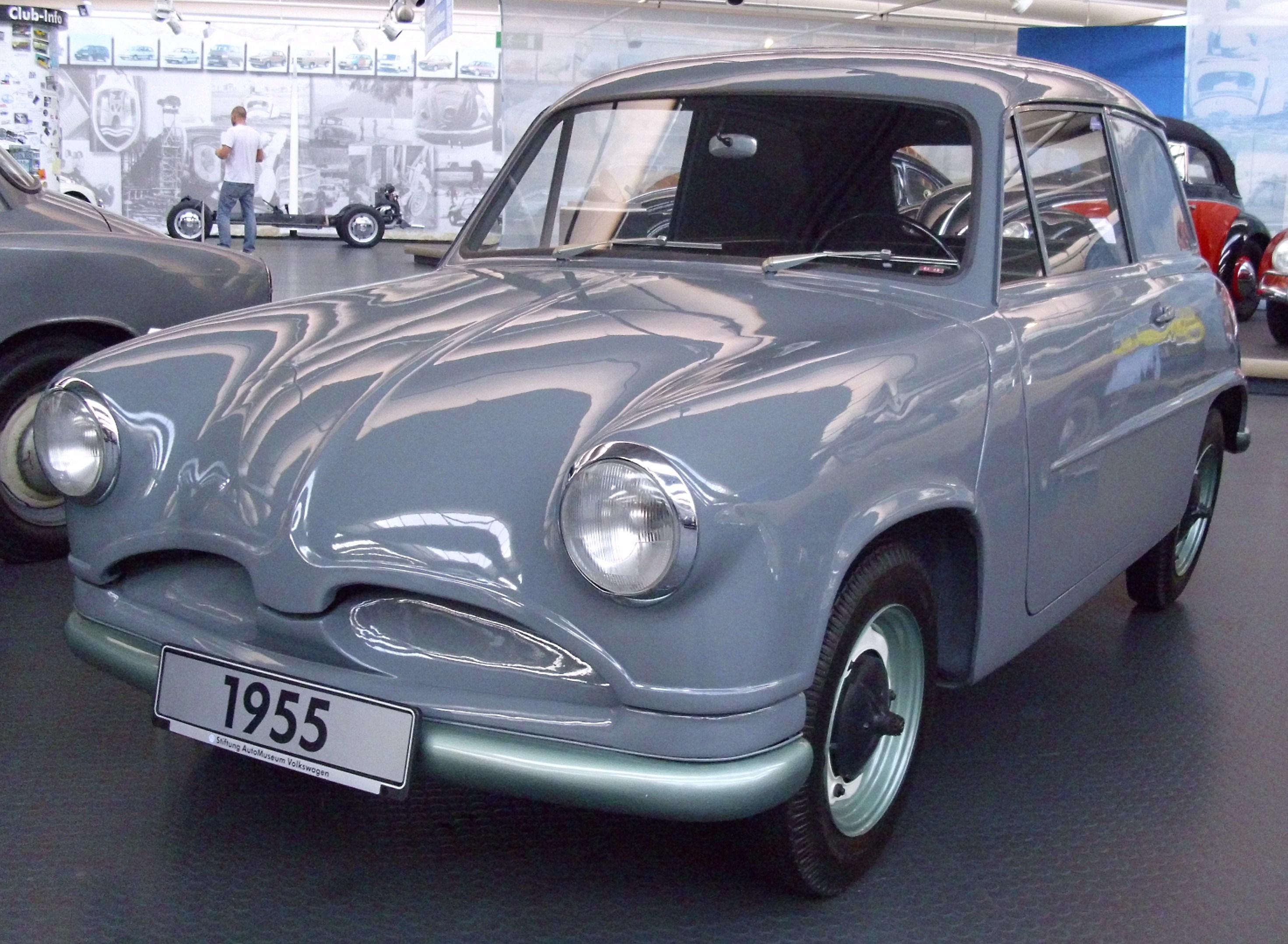 VW_EA_48_Prototyp_1955_(2).jpg