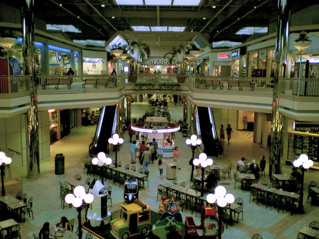 Valley View Mall is located in Roanoke, Virginia and offers stores - Scroll down for Valley View Mall shopping information: store list (directory), locations, mall hours, contact and address. Address and locations: Valley View Boulevard NW, Roanoke, Virginia - VA /5(2).