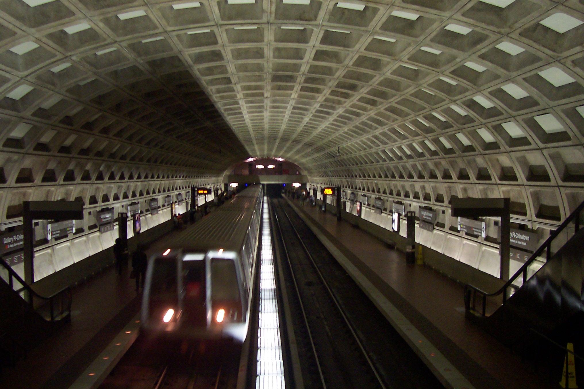 Washington_DC_metro_-_Gallery