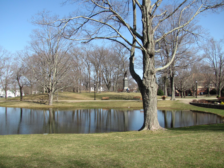 File:Whitman Park, MA.jpg