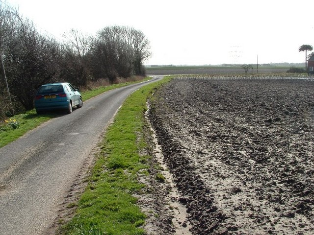File:Wigtoft Bank - geograph.org.uk - 358812.jpg