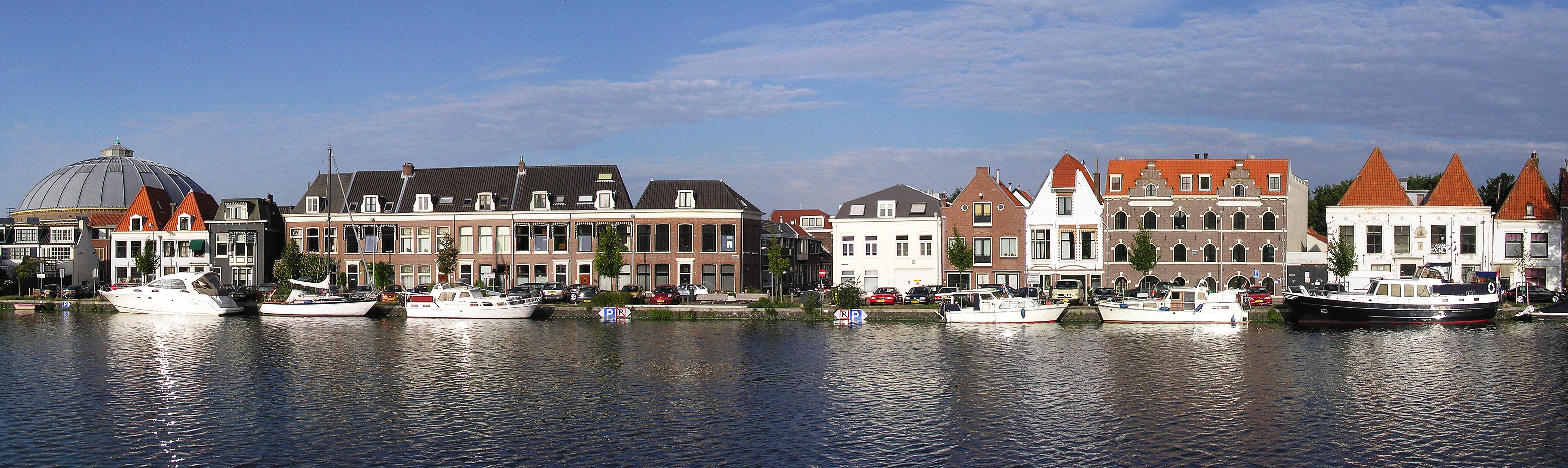 HaarlemThe Houses Along The Spaarne