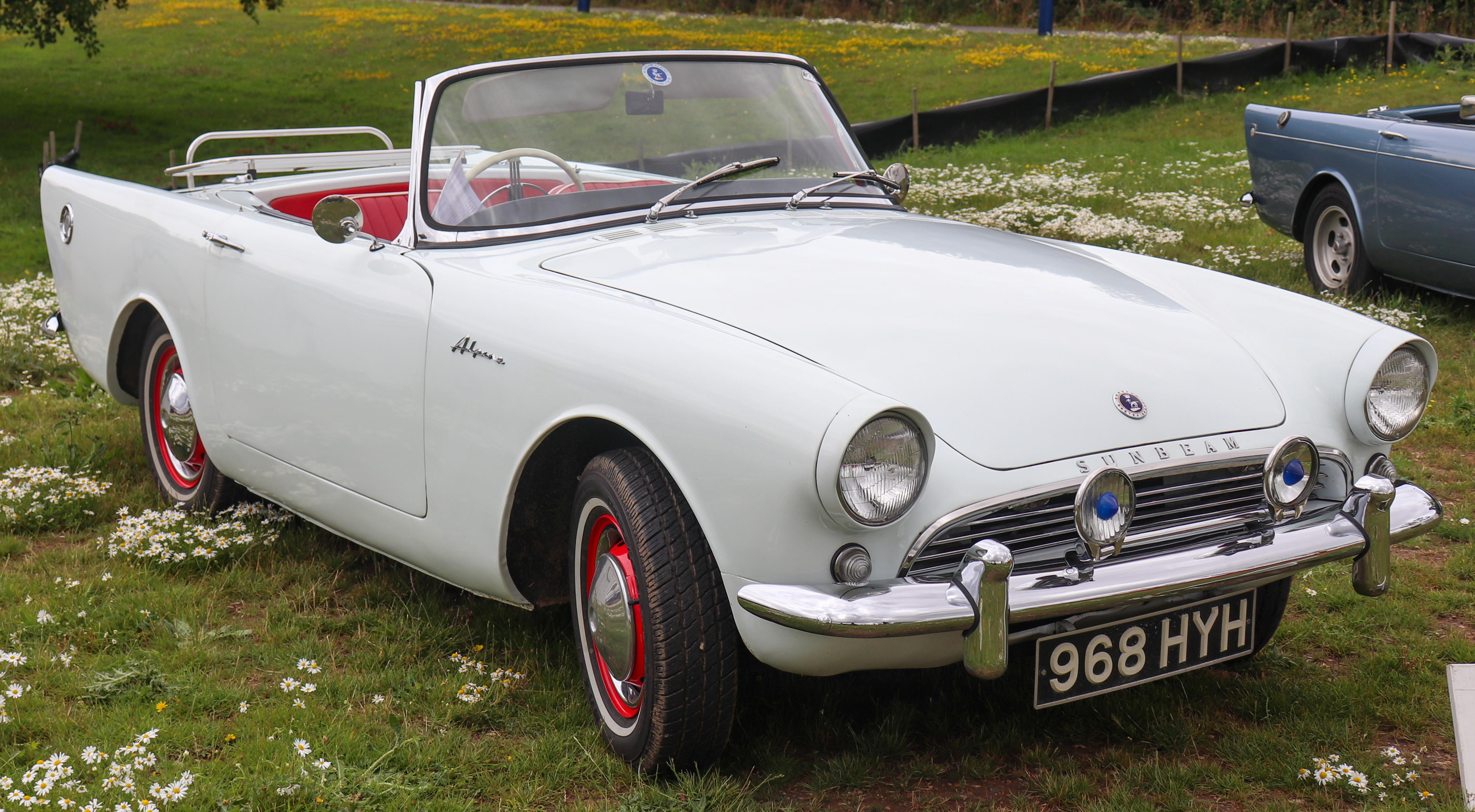 1962_Sunbeam_Alpine_Series_II_1.6_Front.