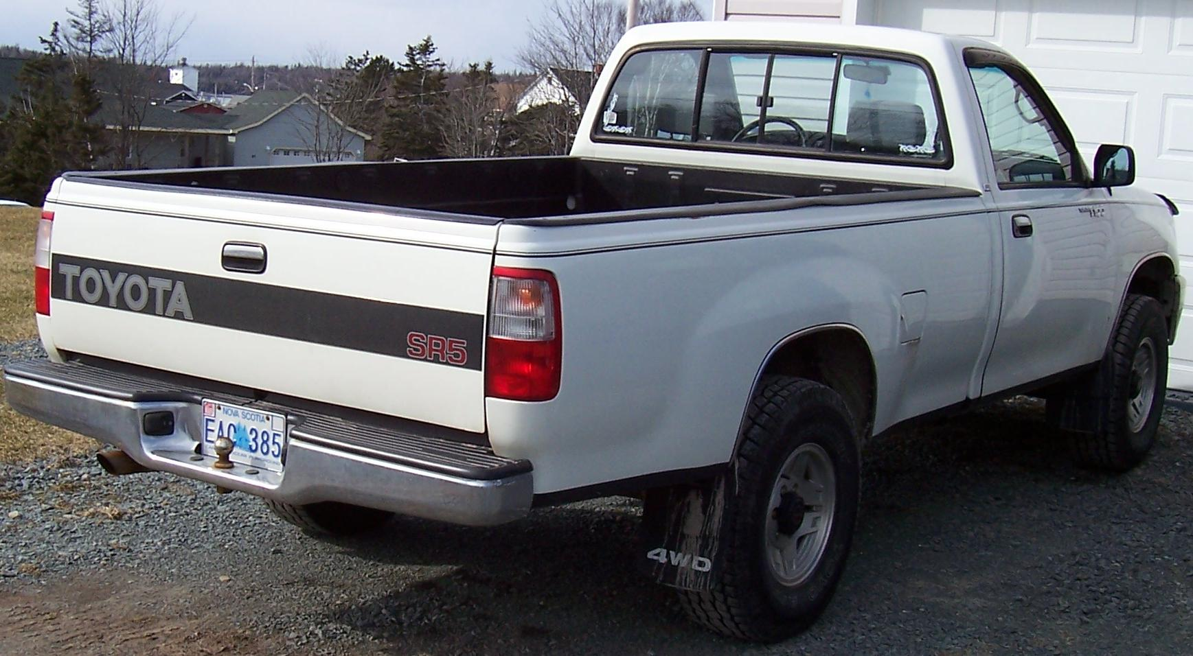 1993 Toyota T100 4X4 rear view