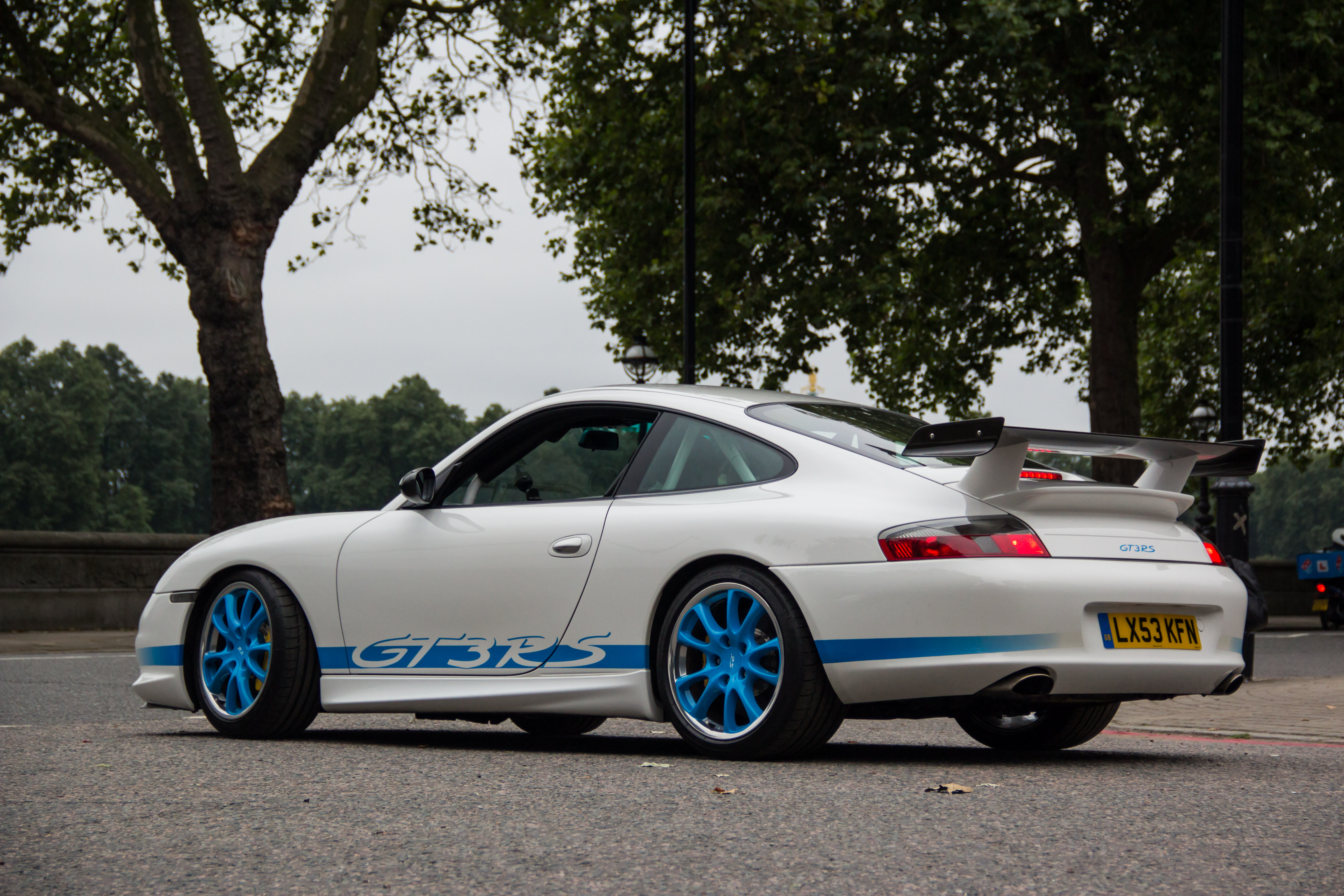 File 2003 Lhd Gt3 Rs White And Blue 7921190936 Jpg