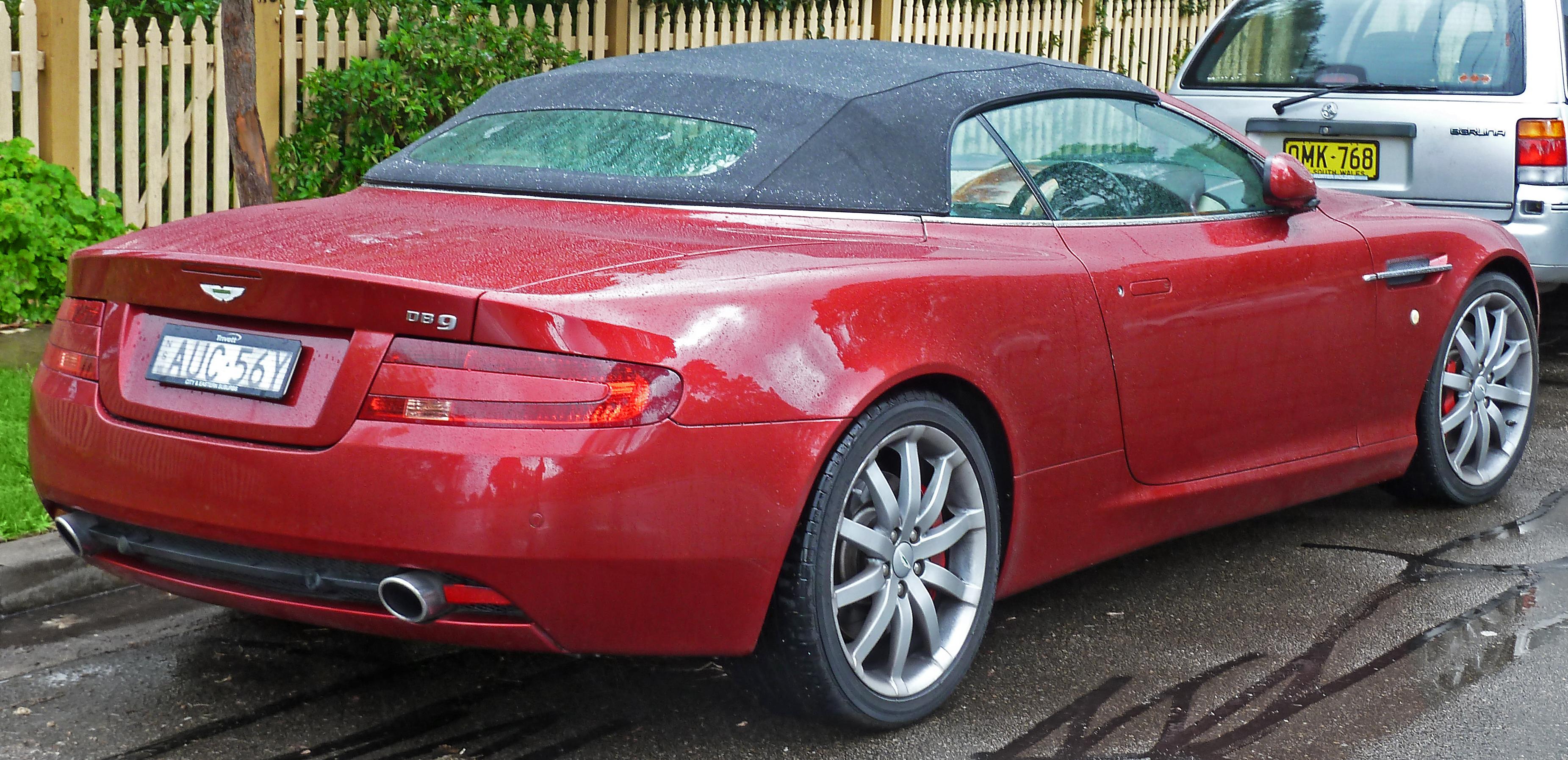 File 2005 2008 Aston Martin Db9 Volante Convertible 2011 07 17 04 Jpg Wikimedia Commons
