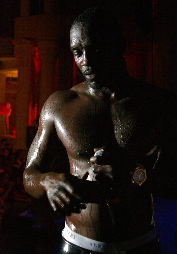Akon - Wikipedia