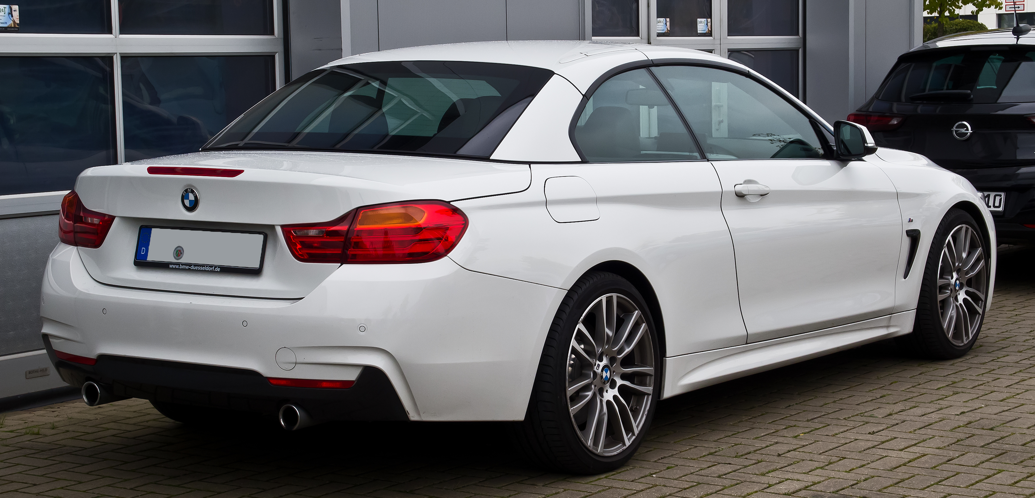 file bmw 435i cabriolet m sport f33 heckansicht 18 oktober 2015 d. Black Bedroom Furniture Sets. Home Design Ideas