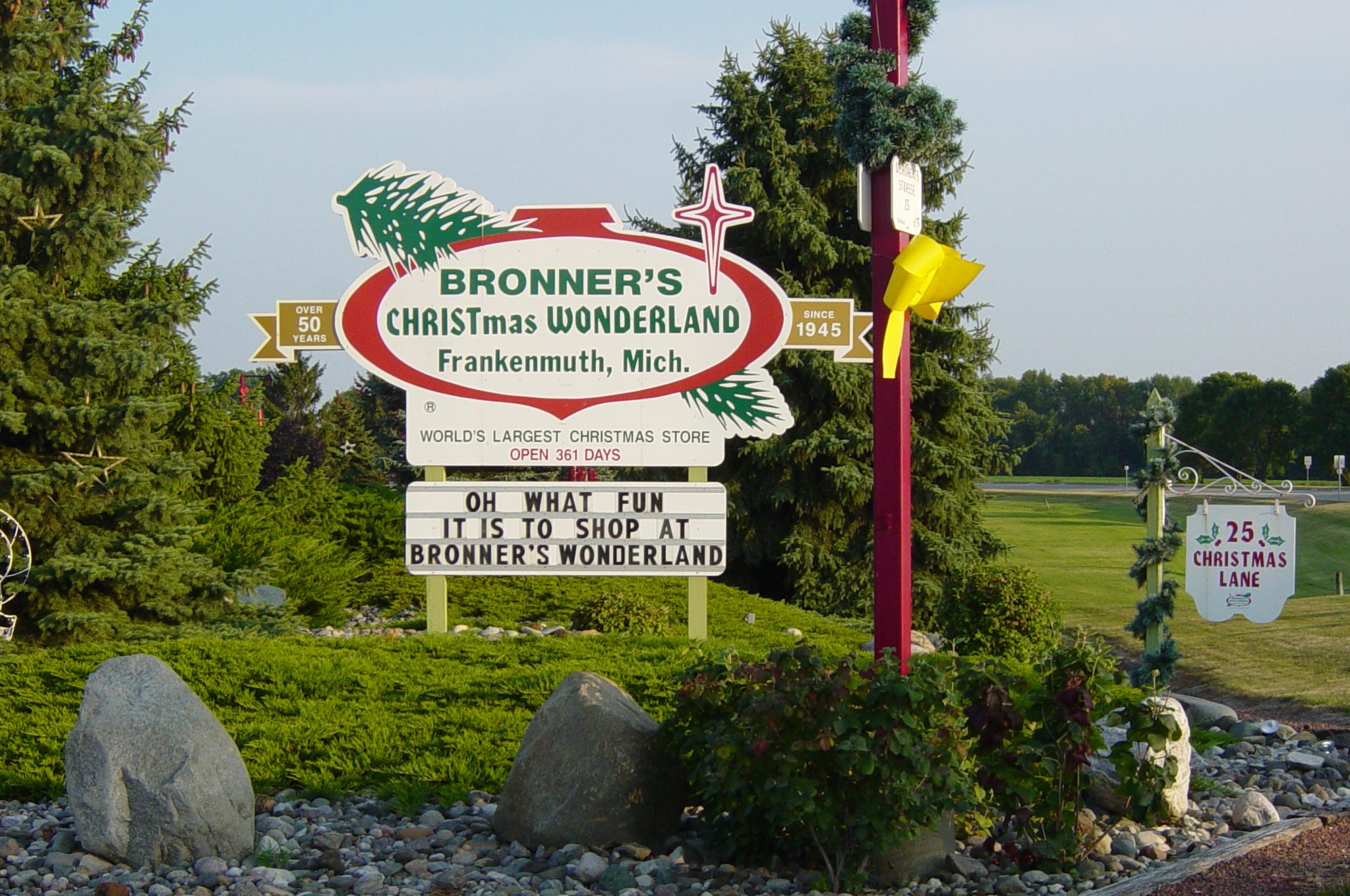 Bronner's Christmas Wonderland Sign At