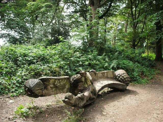 Carved bench seat in Marbury Country Park - geograph.org.uk - 1456492