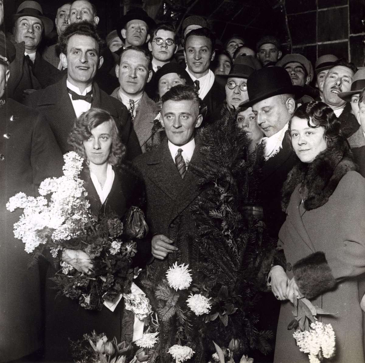 Huldiging van Blekemolen als Nederlands kampioen stayers in 1932