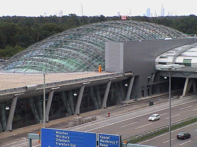 Frankfurt Airport regional station